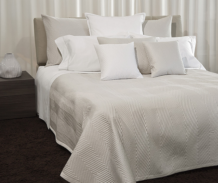 Letizia quilted coverlet